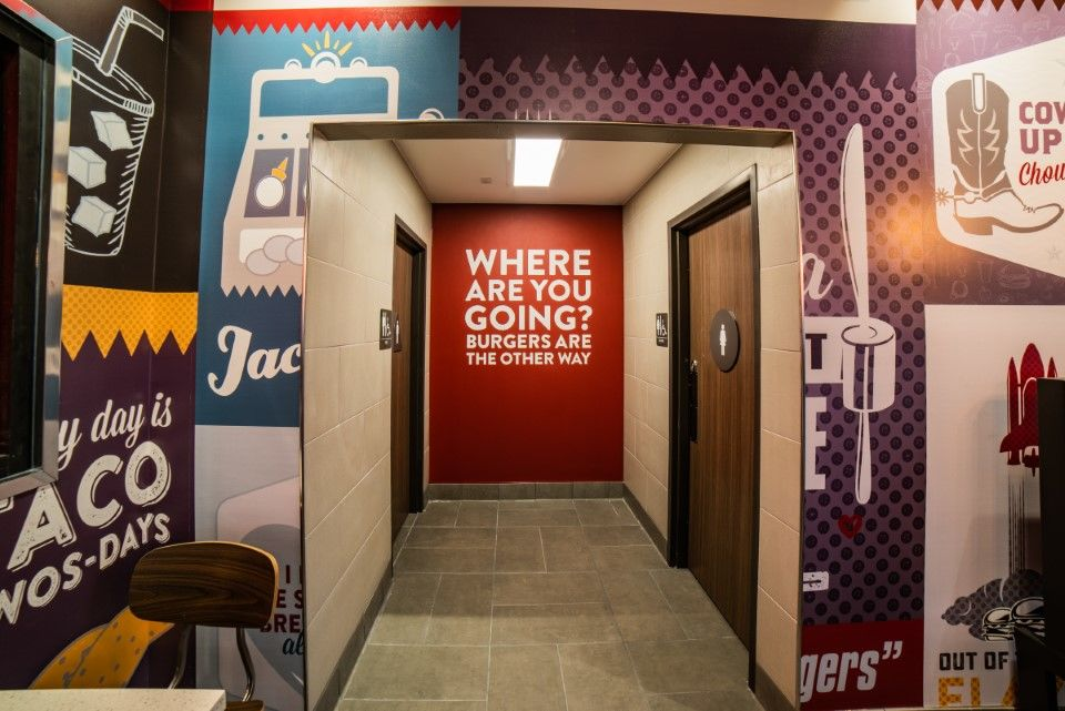 Jack in the Box amenities